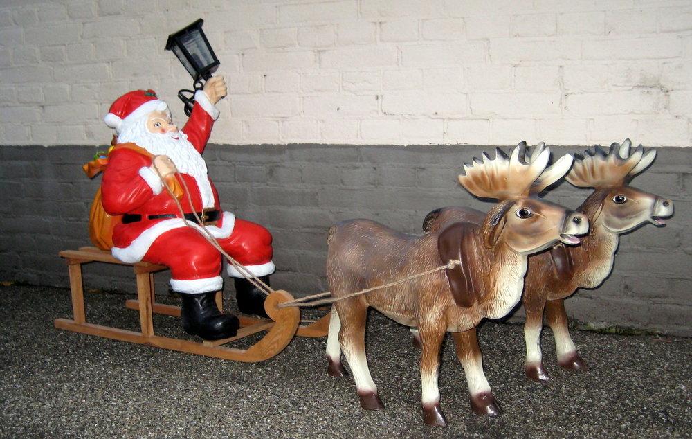 kerstman-lantaarn-slee-2 rendieren kompleet 5 delig set €189