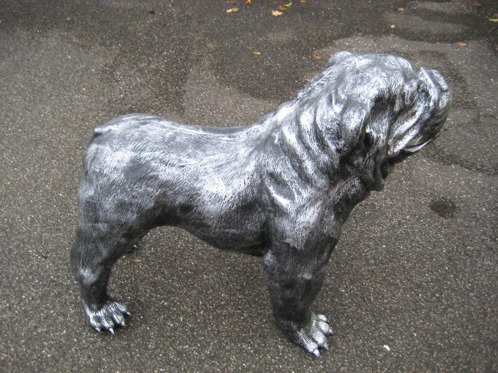 Engelse Bulldog Old Silver