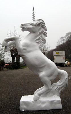 eenhoorn-polyester-beeld-unicorn- 156cm paard €326