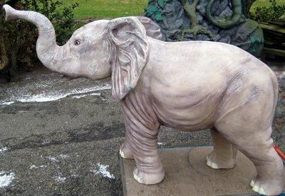 olifant polyester beeld 170cm