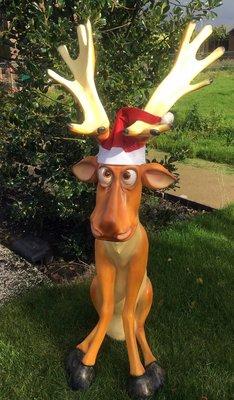 rendier funny met kerst muts 145cm €189