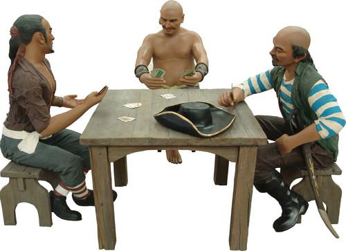 PiratenBeelden  Groep aan Speeltafel levensgroot