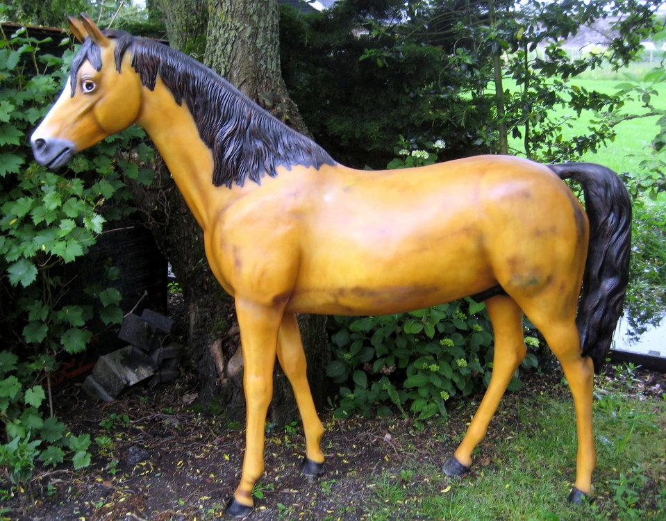 Paard kunst paard  €577,50