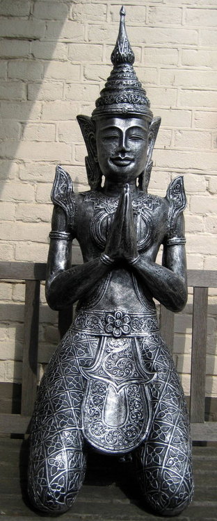 Tempel Wachter Geknield  115cm oldsilver