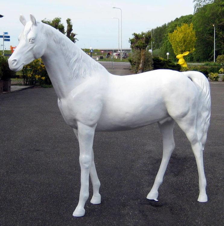 paard kunstpaard levens groot wit