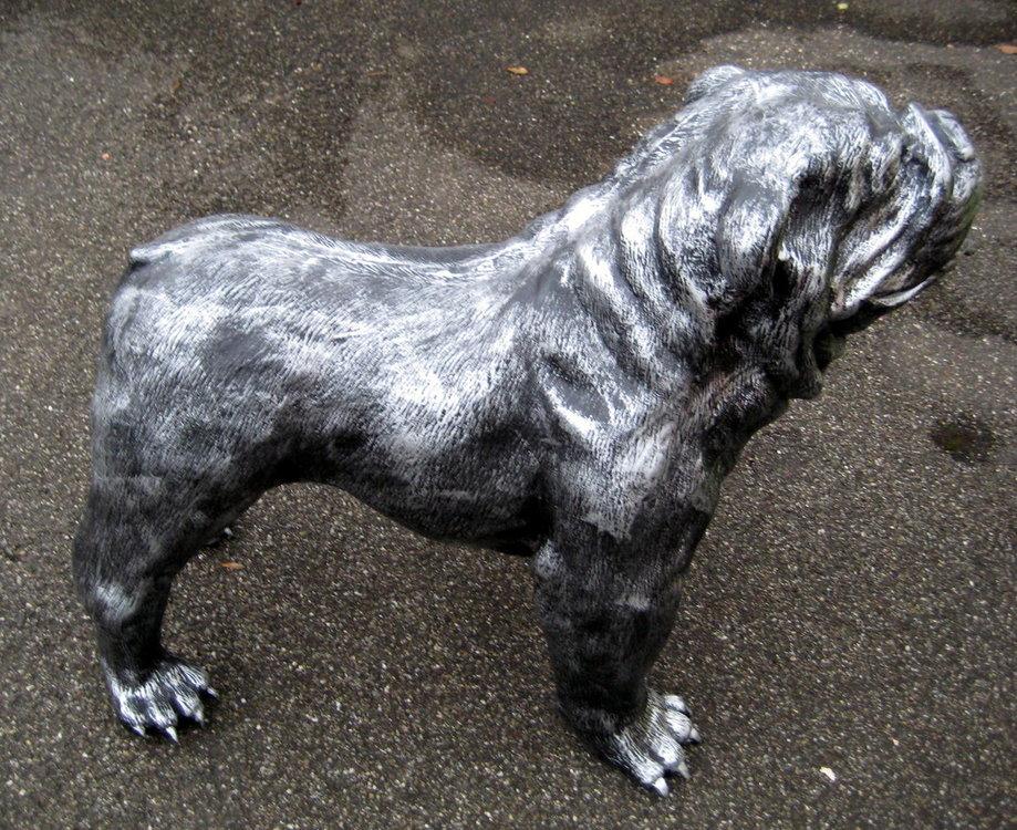 Engelse Bulldog oud zilver