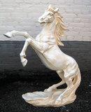 paard-beeld-steigerend-