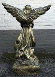 engel-beeld-open vleugels