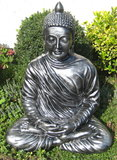 Boeddha Beeld Polyester oud zilver zittend _