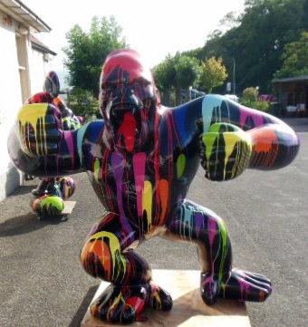 aap gorilla  staand zwart kunsthars beeld  dripping design