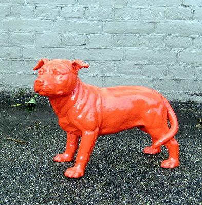 stafford dog polyester beeld hoogglans rood