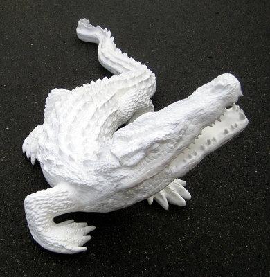 krokodil polyester kunst beeld wit