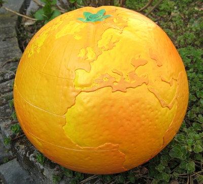 Sinaasappel wereldbol 30cm €39,50
