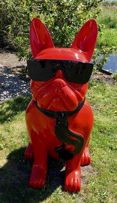 Franse bulldog kunstbeeld zittend met bril en stropdas xxl