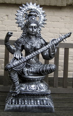 Saraswati polyester beeld  oldsilver 75cm
