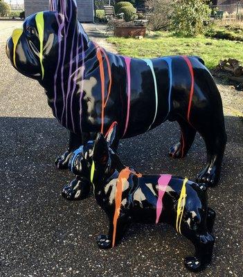 Franse bulldog 90cm polyester beeld zwart dripping