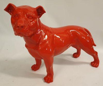 stafford dog polyester beeld rood 80x45 cm *