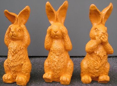 haas -horen-zien -zwijgen- oranje- set van 3 beelden