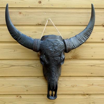 Bizon schedel indiaan gegraveerd old zwart 58cm