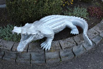 Krokodil Polyester beeld krulstaart 120cm zilver