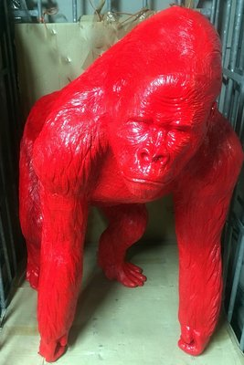 Aap Gorilla   Bokito polyester beeld rood €349