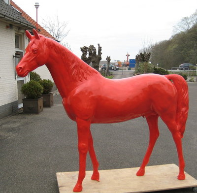 paardlamp polyester 220cm €795,=
