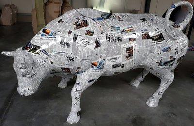 Levensgrote stier - popart uitvoering