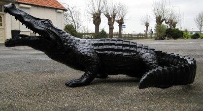 krokodil 175 cm zwart polyester beeld