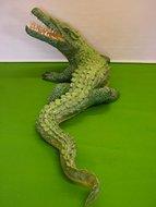 krokodil 175cm polyester beeld